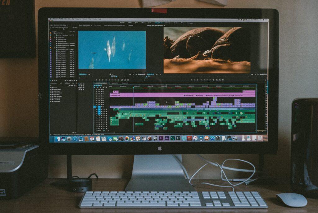 動画クリエイティブを制作する